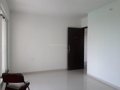 Gallery Cover Image of 712 Sq.ft 1 BHK Apartment for rent in Thane West for 11200