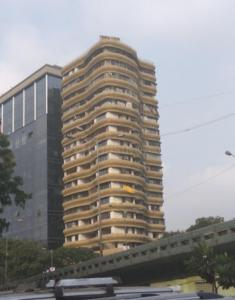 Gallery Cover Image of 1700 Sq.ft 2 BHK Apartment for rent in Parel for 70000