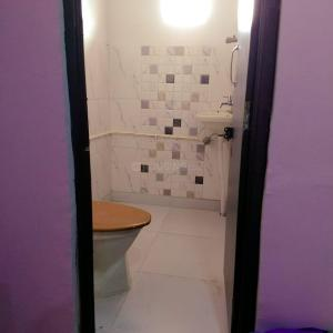 Common Bathroom Image of PG For Girls In Pitampura in Pitampura