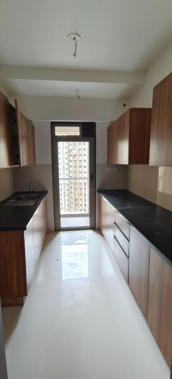 Kitchen Image of 1350 Sq.ft 3 BHK Apartment for buy in Lodha Splendora, Thane West for 10000000