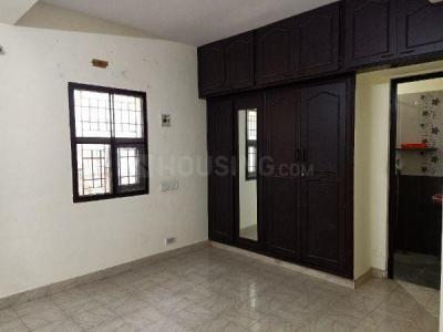 Gallery Cover Image of 1100 Sq.ft 2 BHK Apartment for buy in Saligramam for 9500000