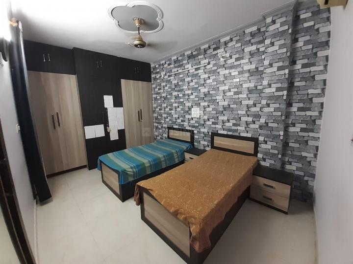 पटेल नगर में पर्फेक्ट प्लेस के बेडरूम की तस्वीर
