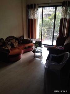 Gallery Cover Image of 1250 Sq.ft 2 BHK Apartment for rent in Kalyan West for 16000