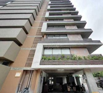 Gallery Cover Image of 4171 Sq.ft 4 BHK Apartment for buy in Safal Paarijat Residences, Bodakdev for 37500000