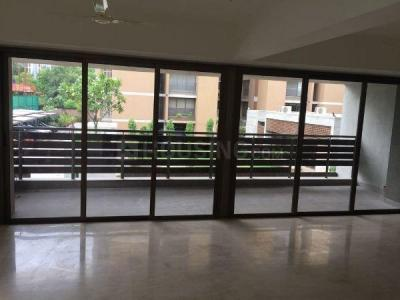 Gallery Cover Image of 4175 Sq.ft 4 BHK Apartment for rent in Bodakdev for 110000
