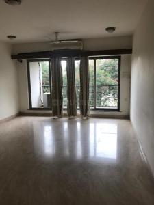 Gallery Cover Image of 1700 Sq.ft 3 BHK Apartment for rent in Dadar West for 180000