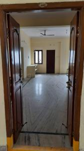 Gallery Cover Image of 1300 Sq.ft 3 BHK Apartment for rent in GNRS RK Residency, Puppalaguda for 13000