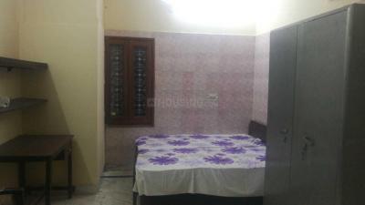 Bedroom Image of Shalimar Girls PG in Shalimar Bagh