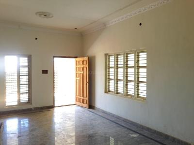 Gallery Cover Image of 1500 Sq.ft 3 BHK Independent Floor for buy in Maruthi Nagar for 8000000