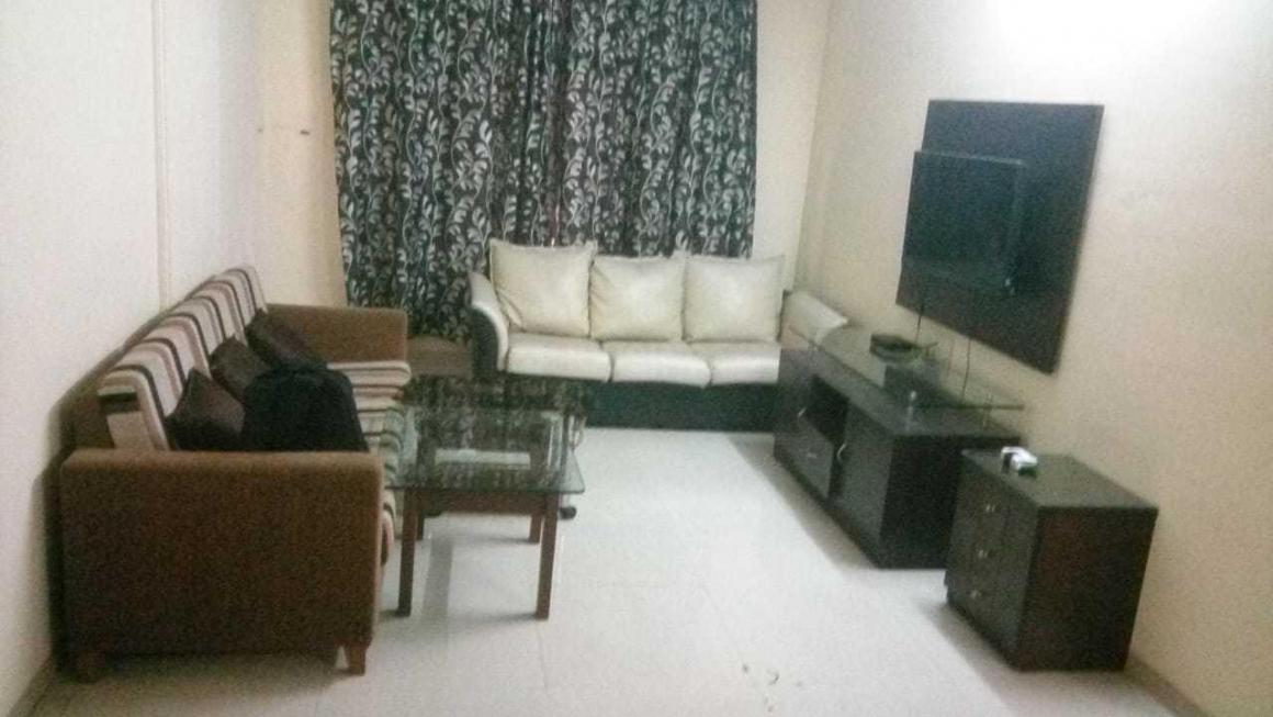 Living Room Image of 1200 Sq.ft 2 BHK Apartment for rent in Andheri East for 50000