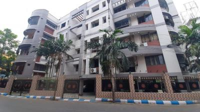 Gallery Cover Image of 900 Sq.ft 2 BHK Apartment for rent in Tollygunge for 22000