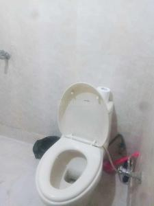 Common Bathroom Image of Parth Paying Guest Accommodation in Bindapur