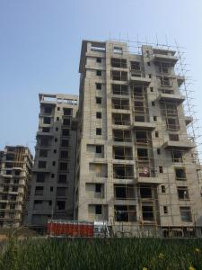 Gallery Cover Image of 1800 Sq.ft 3 BHK Apartment for buy in Chinar Park for 10080000
