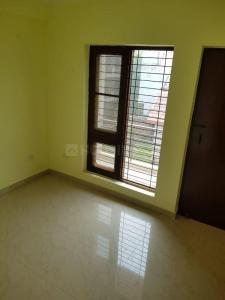 Gallery Cover Image of 950 Sq.ft 2 BHK Apartment for buy in Sector 110 for 2800000