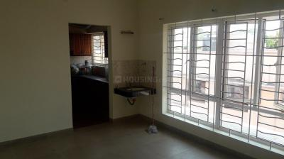 Gallery Cover Image of 3200 Sq.ft 4 BHK Apartment for rent in Aiswarya Appartment, Kilpauk for 75000