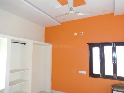 Gallery Cover Image of 1250 Sq.ft 2 BHK Independent Floor for rent in Trimalgherry for 10000