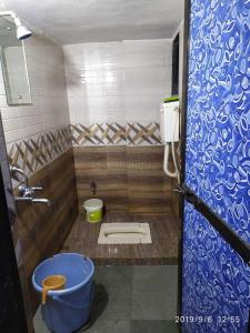 Bathroom Image of Rahul Hostel And PG in Belapur CBD