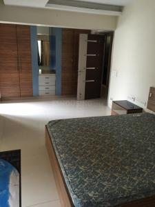 Gallery Cover Image of 1000 Sq.ft 2 BHK Apartment for rent in Juhu for 75000