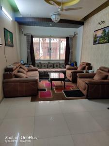 Gallery Cover Image of 2700 Sq.ft 4 BHK Villa for buy in GK Dwarkadheesh Residency, Pimple Saudagar for 23000000