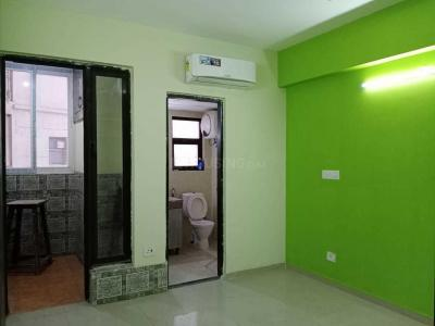 Gallery Cover Image of 1800 Sq.ft 3 BHK Apartment for rent in Logix Blossom County, Sector 137 for 28000