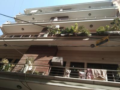 Gallery Cover Image of 1500 Sq.ft 4 BHK Independent Floor for rent in Sheikh Sarai for 35000
