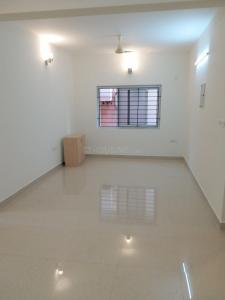 Gallery Cover Image of 1055 Sq.ft 2 BHK Apartment for buy in Saligramam for 8000000