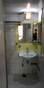 Common Bathroom Image of PG 5167579 Colaba in Colaba