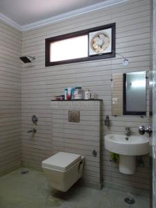 Bathroom Image of PG 3806875 Vijay Nagar in Vijay Nagar