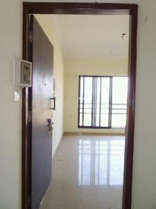 Gallery Cover Image of 588 Sq.ft 1 BHK Apartment for rent in Raunak City 3, Kalyan West for 8500
