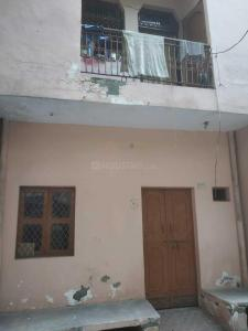 Gallery Cover Image of 450 Sq.ft 1 BHK Independent Floor for rent in Pratap Vihar for 5500