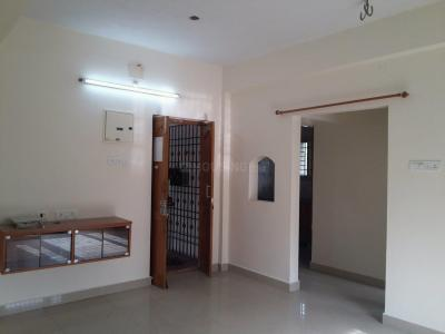 Gallery Cover Image of 1000 Sq.ft 2 BHK Apartment for rent in Nanganallur for 15000