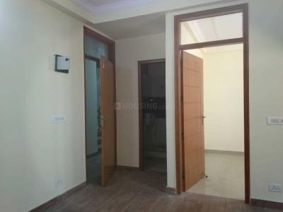 Gallery Cover Image of 585 Sq.ft 2 BHK Independent Floor for buy in Jamia Nagar for 2400000