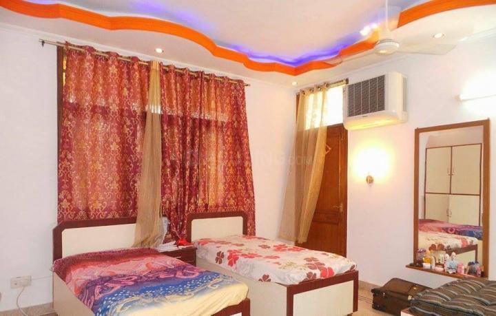 Bedroom Image of Gambhir PG in Karol Bagh