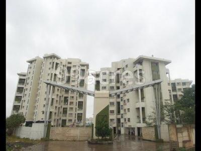 Gallery Cover Image of 850 Sq.ft 2 BHK Apartment for buy in Sky Heights, Kondhwa for 3850000