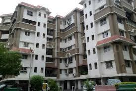 Gallery Cover Image of 1500 Sq.ft 3 BHK Apartment for buy in Flower Valley, Wanwadi for 12000000