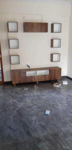 Gallery Cover Image of 950 Sq.ft 1 BHK Apartment for rent in Singasandra for 15000