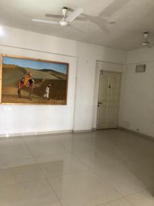 Gallery Cover Image of 1500 Sq.ft 2 BHK Apartment for rent in  Motera CHS, Motera for 15000