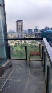 Gallery Cover Image of 2164 Sq.ft 3 BHK Apartment for buy in Ireo The Grand Arch, Sector 58 for 23700000