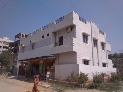 Gallery Cover Image of 700 Sq.ft 1 BHK Independent House for rent in Narsingi for 8000
