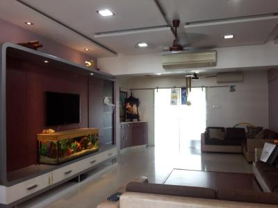 Gallery Cover Image of 2052 Sq.ft 3.5 BHK Apartment for buy in Goregaon East for 45000000