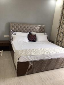 Gallery Cover Image of 896 Sq.ft 2 BHK Apartment for buy in Nature Huts 3, Khanpur for 2790000