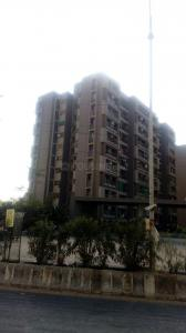Gallery Cover Image of 1755 Sq.ft 3 BHK Apartment for rent in Makarba for 21000