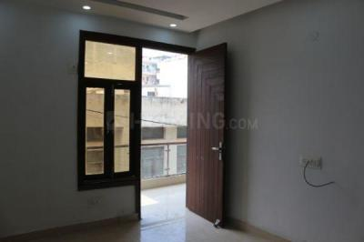Gallery Cover Image of 1300 Sq.ft 3 BHK Apartment for buy in Kiera Ryhan Heights, Vasant Kunj for 9100000