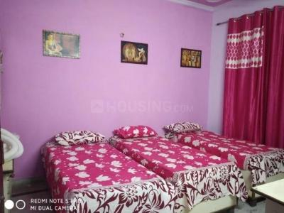 Bedroom Image of Shree Balaji PG in Shakarpur Khas
