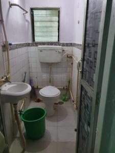 Bathroom Image of PG 6424080 Andheri East in Andheri East