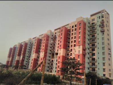 Gallery Cover Image of 1020 Sq.ft 2 BHK Apartment for buy in City Center for 4800000