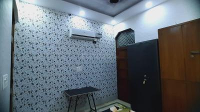 Bedroom Image of Khanna PG in Jhilmil Colony