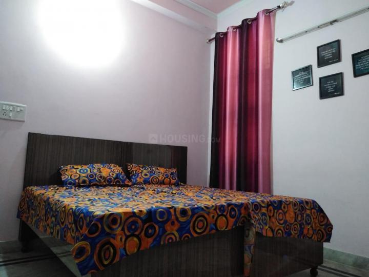 सेक्टर 10 द्वारका में शशि शर्मा नेस्ट के बेडरूम की तस्वीर