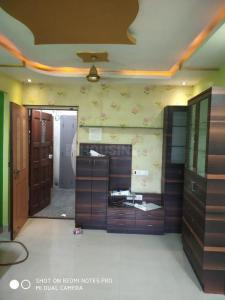 Gallery Cover Image of 670 Sq.ft 1 BHK Apartment for rent in Mulund East for 27000