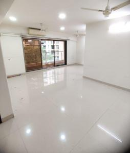 Gallery Cover Image of 1300 Sq.ft 3 BHK Apartment for rent in Happy Jade Gardens, Bandra East for 140000